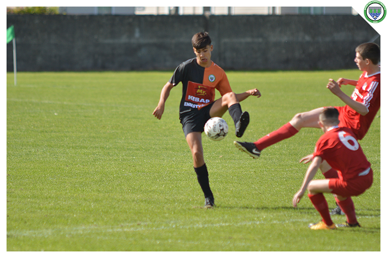 Ixim Hernandez controls a loose ball in the game between Sporting Ennistymon Football Club and Burren United Football Club. Game played on the 25th of August 2018 in Lahinch Sportsfield.