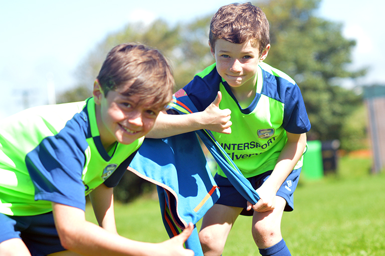 Thumbs up from Alex Barry and Andrew Birmingham during Sporting Ennistymon F.C FAI Summer Camp 2020